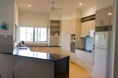 after-renovation–kitchen-mackay-1b