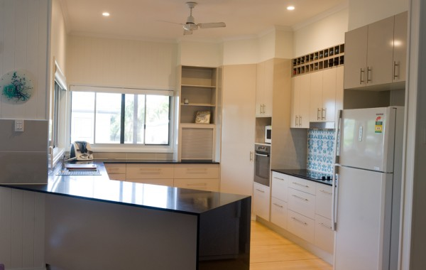 after-renovation--kitchen-mackay-1b